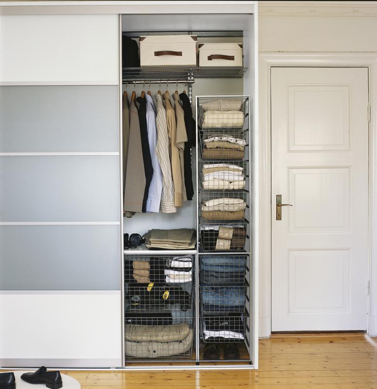 Системы хранения вещей для шкафов-купе на заказ   Купить систему ... ca50220172b
